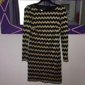 Nine West Black & Gold Chevron Dress